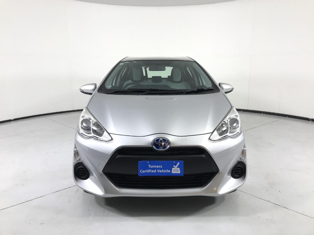 Photo '2' of Toyota Aqua