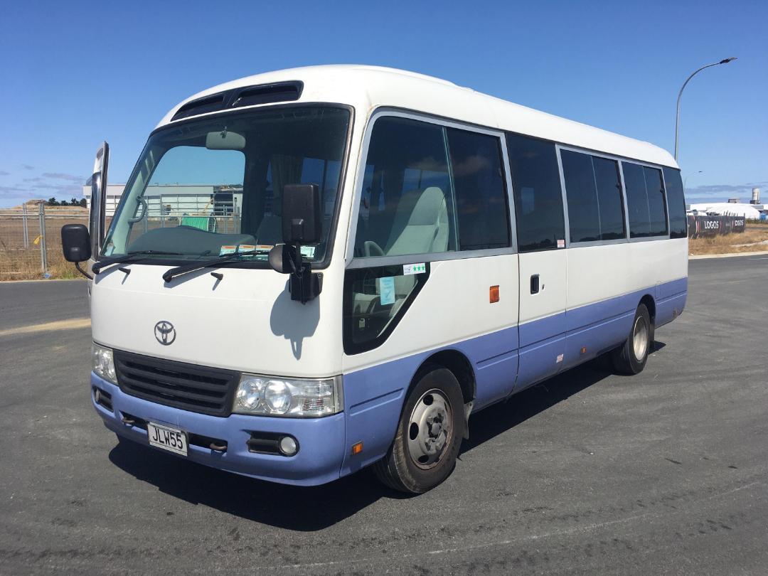 Photo '4' of Toyota Coaster Bus