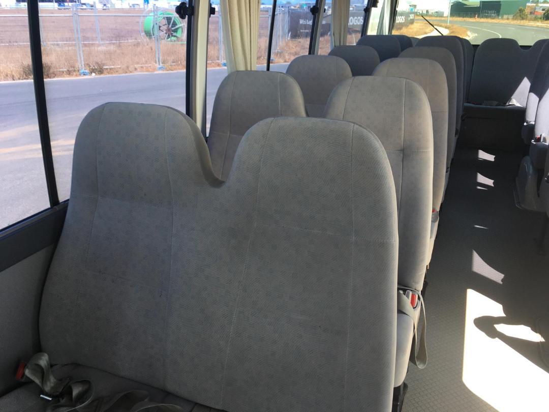 Photo '12' of Toyota Coaster Bus