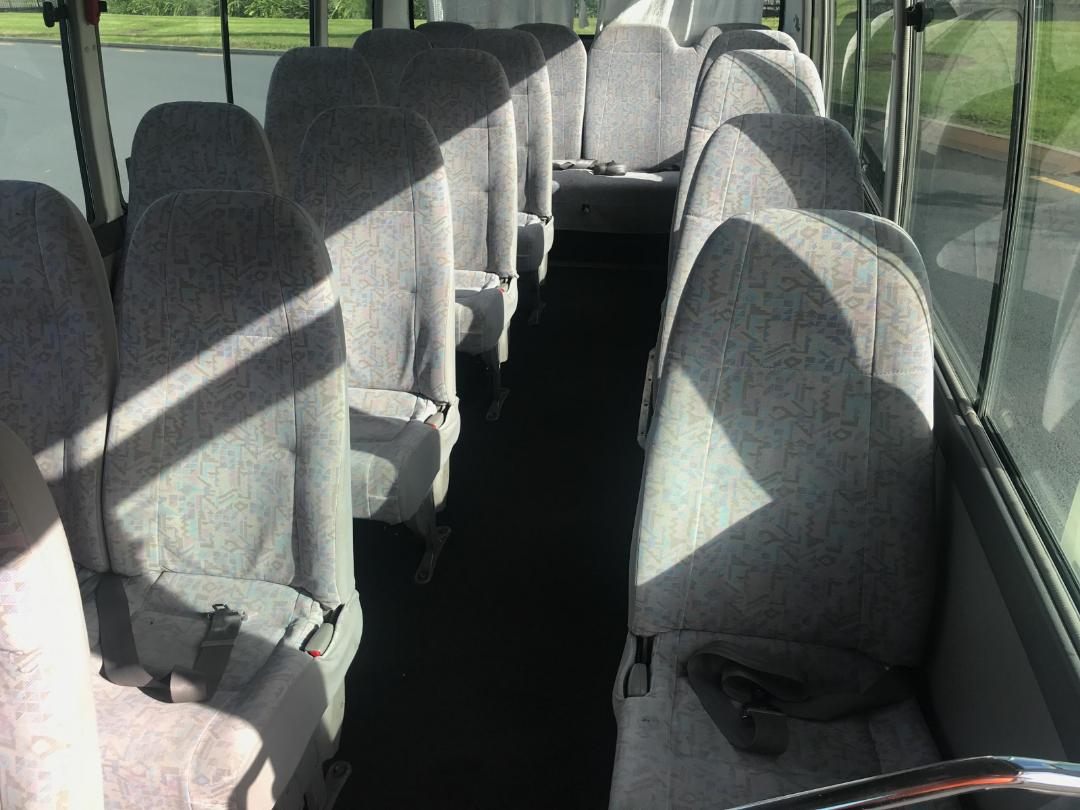 Photo '15' of Toyota COASTER Bus