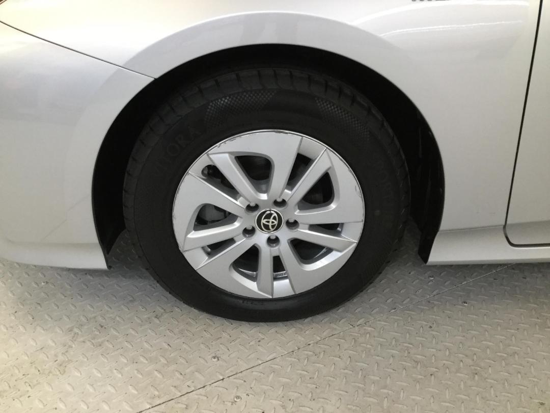 Photo '9' of Toyota Prius