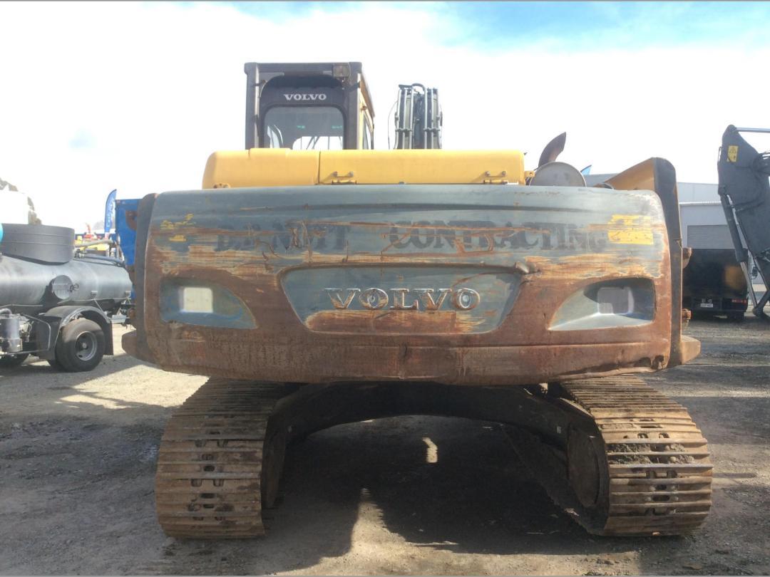 Photo '8' of Volvo EC240BL Excavator