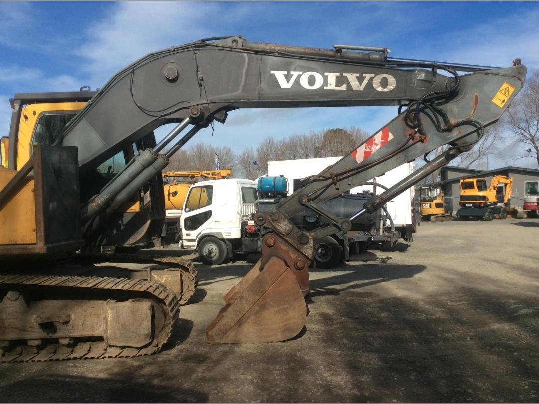 Photo '11' of Volvo EC240BL Excavator